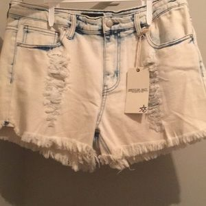 Denim distressed short